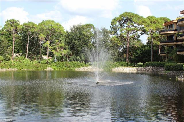6810 Pelican Bay Blvd, Naples, FL 34108