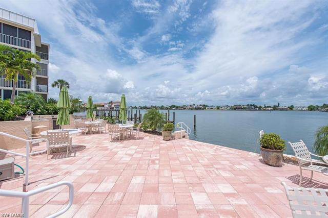 3450 Gulf Shore Blvd N 205, Naples, FL 34103