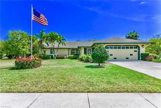 716 Saint Andrews Blvd, Naples, FL 34113