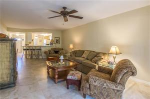 893 Gulf Pavillion Dr 103, Naples, FL 34108