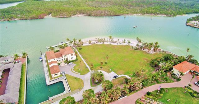 240 Bay Rd, Naples, FL 34102