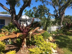 5091 Cortina Ct, Naples, FL 34103