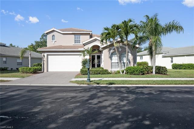 14565 Sterling Oaks Dr, Naples, FL 34110