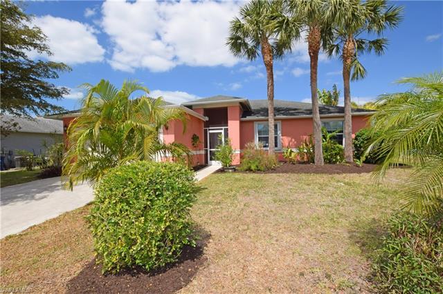 9377 Lake Abby Ln, Bonita Springs, FL 34135