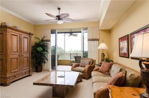 2738 Tiburon Blvd E B-404, Naples, FL 34109