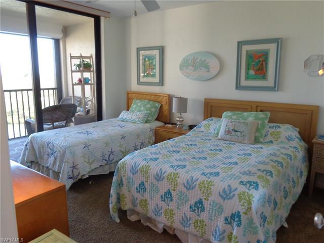 17 Bluebill Ave 502, Naples, FL 34108