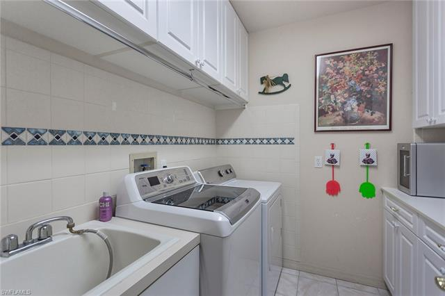 8134 Lowbank Dr, Naples, FL 34109