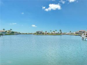 1158 Strawberry Ct, Marco Island, FL 34145