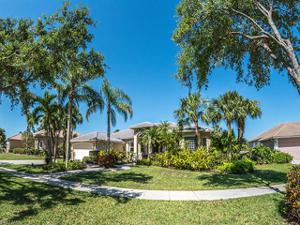 907 Grand Rapids Blvd, Naples, FL 34120