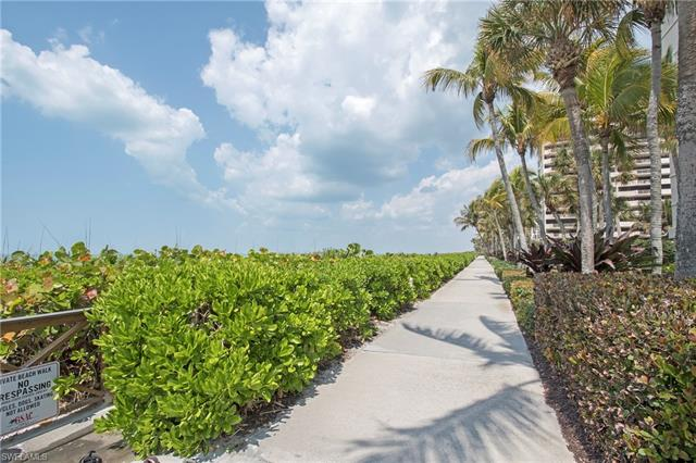 4001 Gulf Shore Blvd N 304, Naples, FL 34103