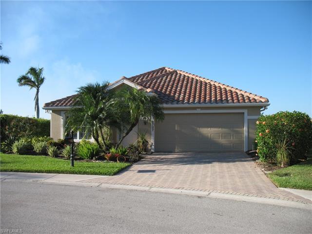 2797 Amberwood Ln, Naples, FL 34120