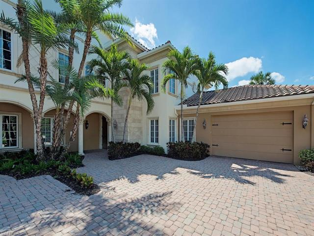 2312 Berwick Ct 202, Naples, FL 34105