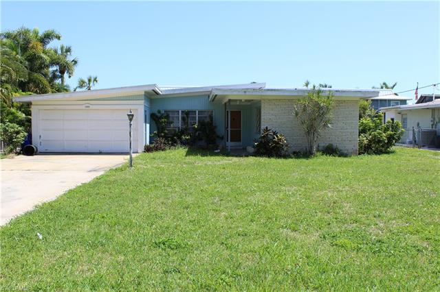 1408 Pelican Ave, Naples, FL 34102
