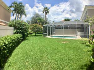 5517 Cove Cir 87, Naples, FL 34119