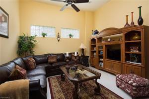 5585 Hammock Isles Dr, Naples, FL 34119
