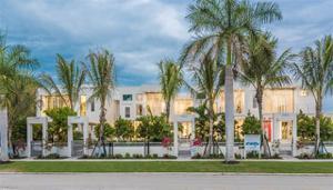 365 Banyan Blvd, Naples, FL 34102