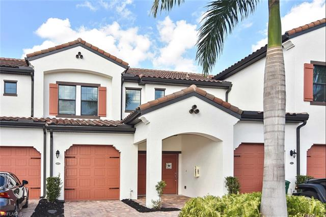 15137 Palmer Lake Cir 202, Naples, FL 34109