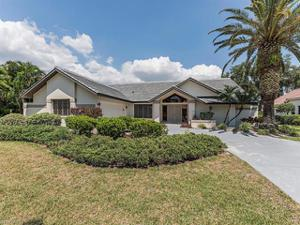 28389 Sombrero Dr, Bonita Springs, FL 34135