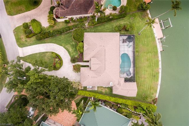 380 Bowline Bend, Naples, FL 34103