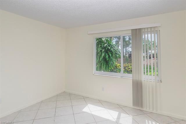 232 Palm Dr 3, Naples, FL 34112