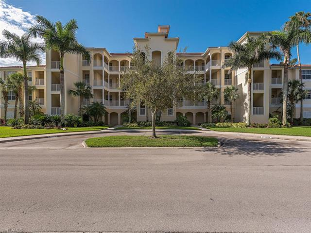 4874 Hampshire Ct 8-107, Naples, FL 34112
