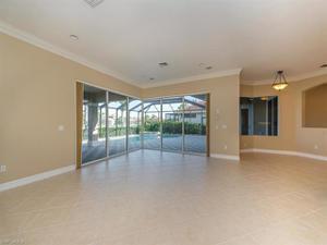 4959 Rustic Oaks Cir, Naples, FL 34105