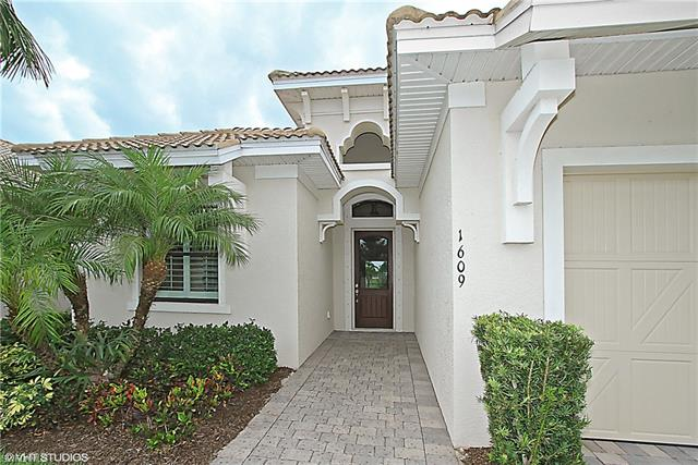 1609 Serrano Cir, Naples, FL 34105