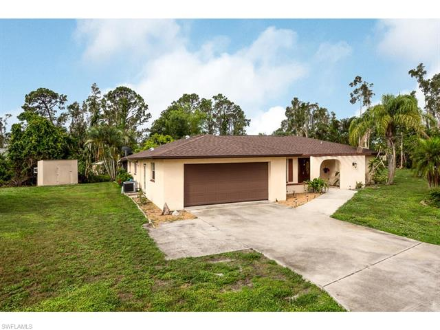 18142 Doral Dr, Fort Myers, FL 33967
