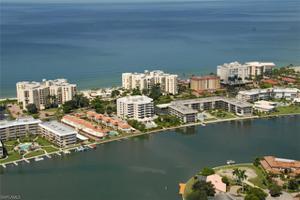3115 Gulf Shore Blvd N Ph-6s, Naples, FL 34103