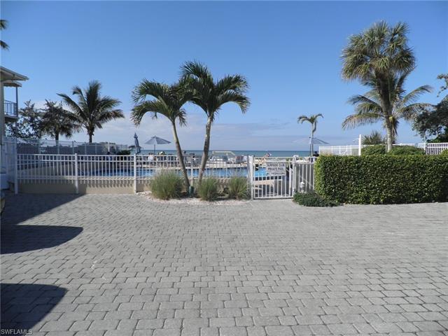 1065 Gulf Shore Blvd N 115, Naples, FL 34102