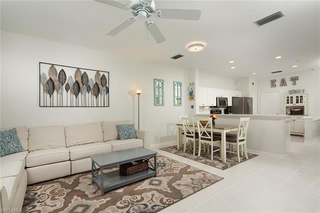 913 Hampton Cir 102, Naples, FL 34105