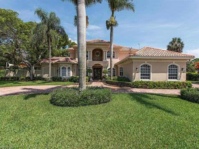 73 Ridge Dr, Naples, FL 34108