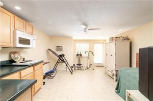 3961 Skyway Dr 11, Naples, FL 34112