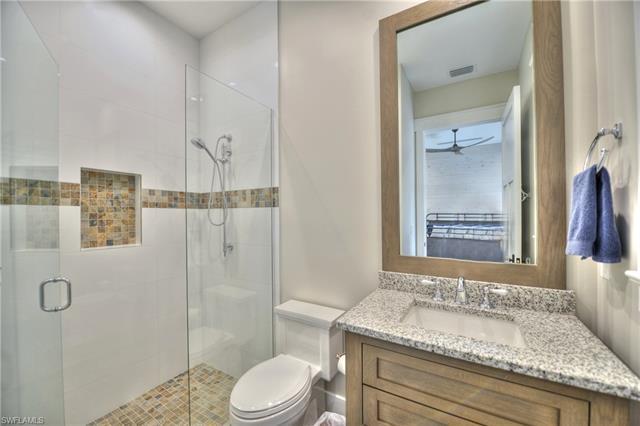1930 Crayton Rd, Naples, FL 34102