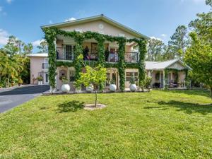 6155 Standing Oaks Ln, Naples, FL 34119