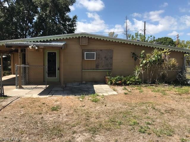 989 Hyacinth St, North Fort Myers, FL 33903