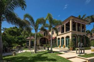 555 Admiralty Parade W, Naples, FL 34102