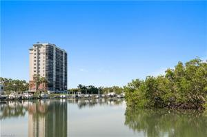 425 Cove Tower Dr 1602, Naples, FL 34110
