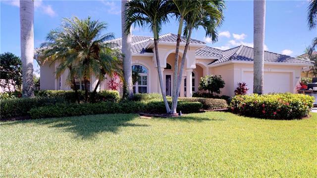 8069 Tiger Lily Dr, Naples, FL 34113