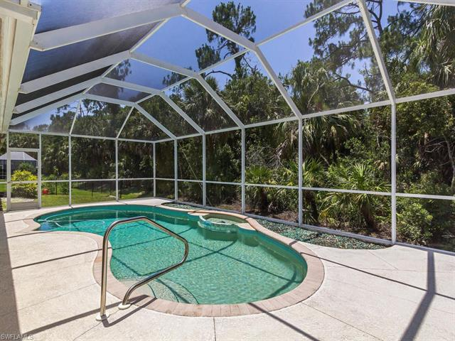 55 Heritage Way, Naples, FL 34110