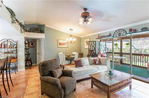 160 22nd Ave Nw, Naples, FL 34120