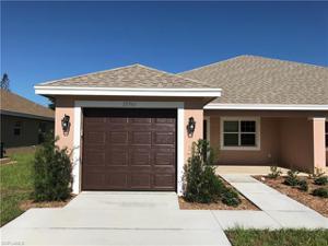 27740 South Roslin Pl, Bonita Springs, FL 34135