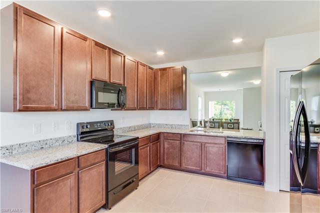 690 Hadley Place East, Naples, FL 34104