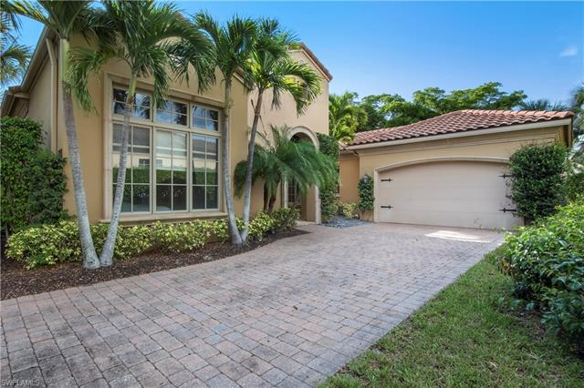 2099 Rivoli Ct, Naples, FL 34105
