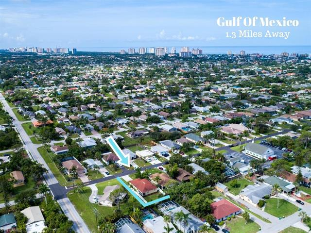 789 107th Ave N, Naples, FL 34108