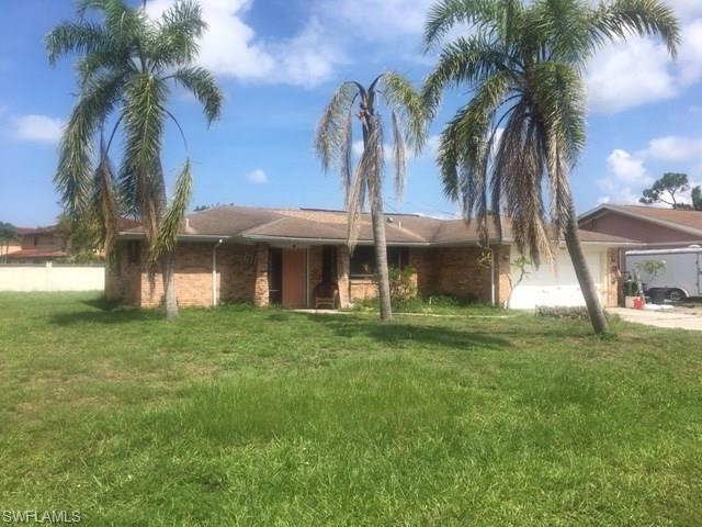 27670 Garrett St, Bonita Springs, FL 34135
