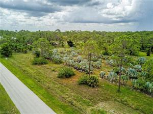 7150 Musketeer Ln, Fort Myers, FL 33912