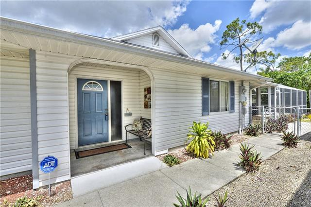 10171 Carolina St, Bonita Springs, FL 34135