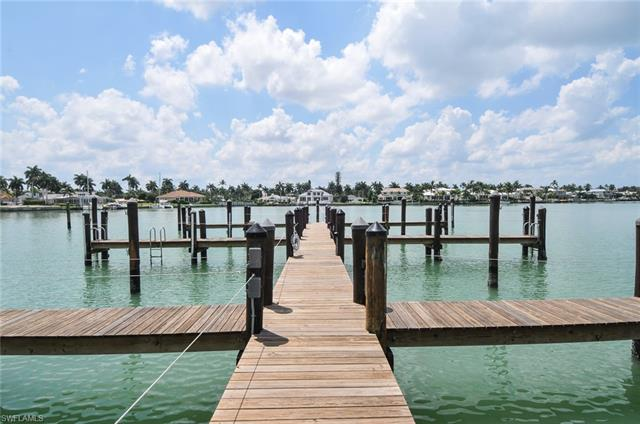 222 Harbour Dr 506, Naples, FL 34103