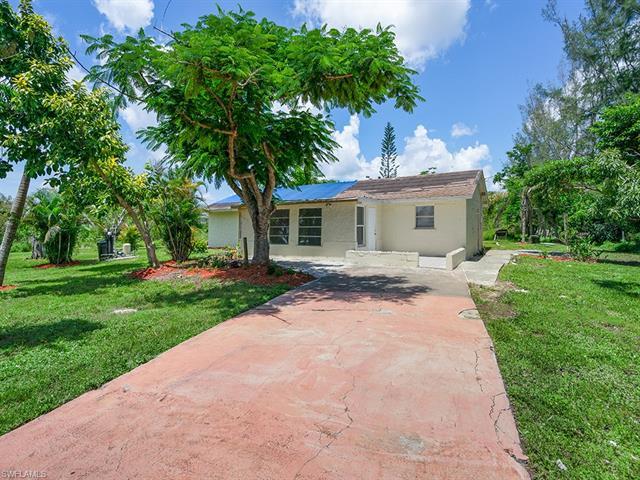 10225 Greenway Rd, Naples, FL 34114
